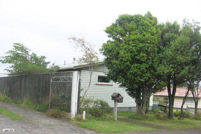 Photo of property in 172 Conclusion Street, Ascot Park, Porirua, 5024