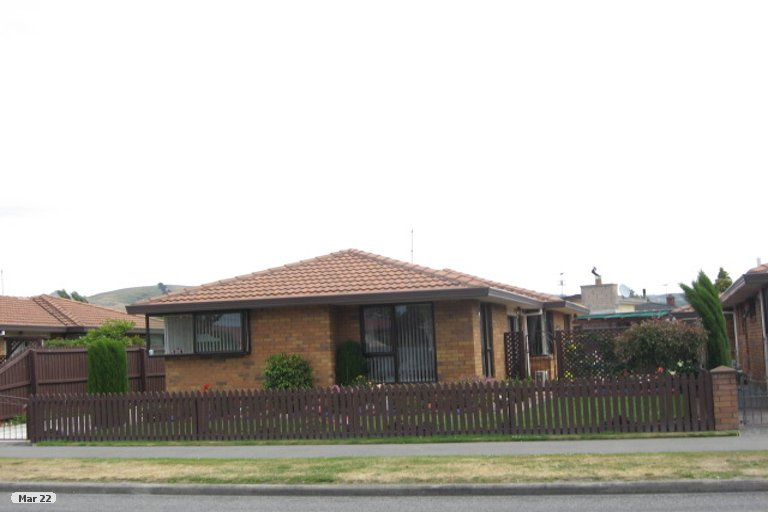 Property photo for 1/2 Thistledown Place, Woolston, Christchurch, 8062