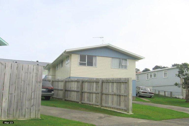 Photo of property in 45 Beaumaris Crescent, Ascot Park, Porirua, 5024
