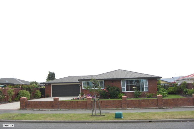 Property photo for 16 Thistledown Place, Woolston, Christchurch, 8062