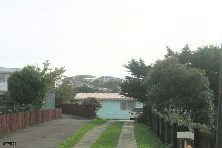 Photo of property in 71 Beaumaris Crescent, Ascot Park, Porirua, 5024