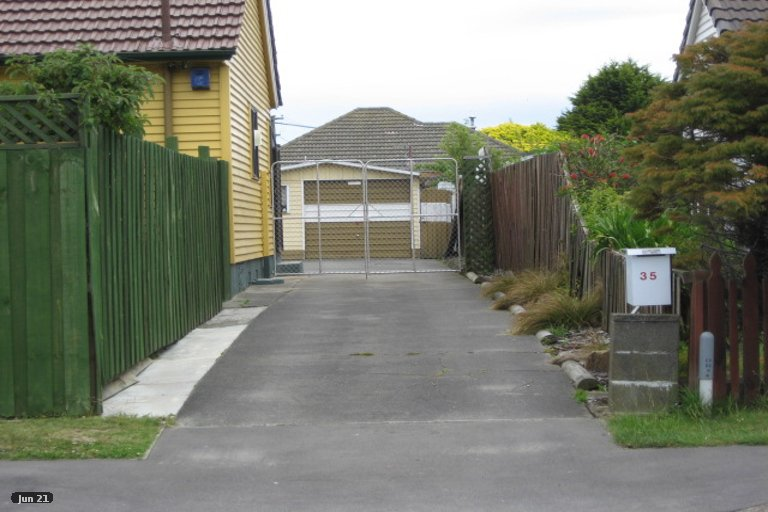 Property photo for 35 Gould Crescent, Woolston, Christchurch, 8023