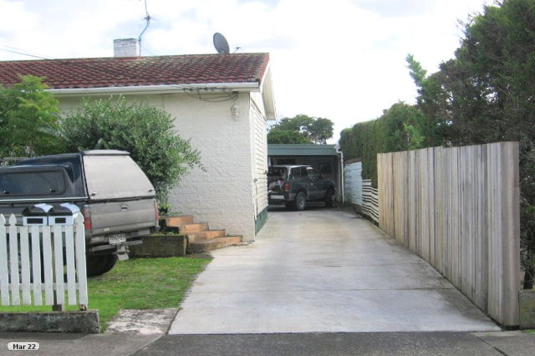 Property photo for 12A Tamaki Bay Drive, Pakuranga, Auckland, 2010