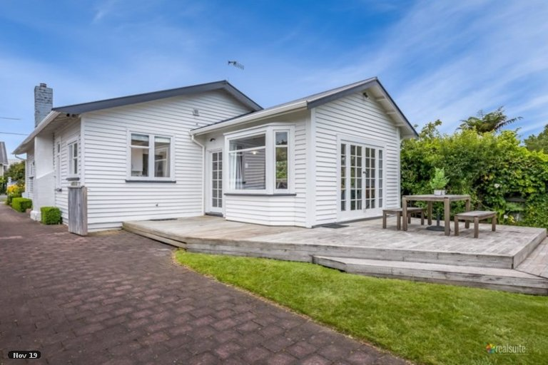 Photo of property in 20 Boulcott Street, Boulcott, Lower Hutt, 5010