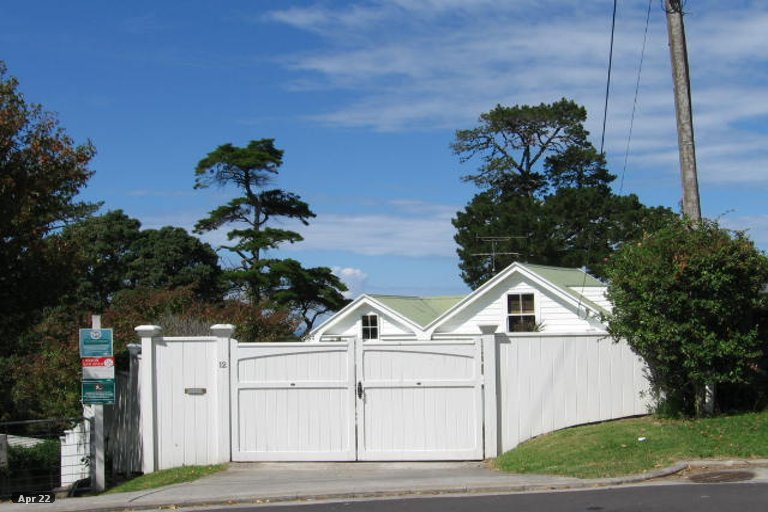 Property photo for 12 Gray Crescent, Torbay, Auckland, 0630