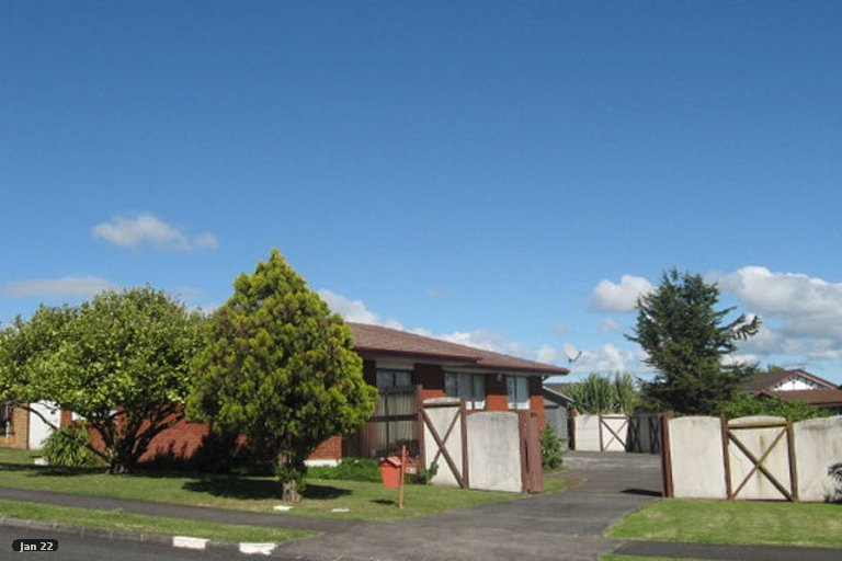 Photo of property in 42 Lewisham Street, Highland Park, Auckland, 2010