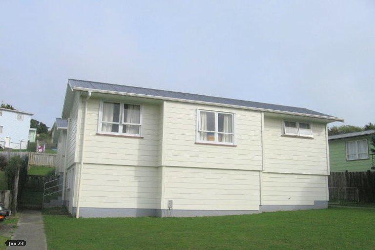 Photo of property in 13 Stipulate Place, Ascot Park, Porirua, 5024