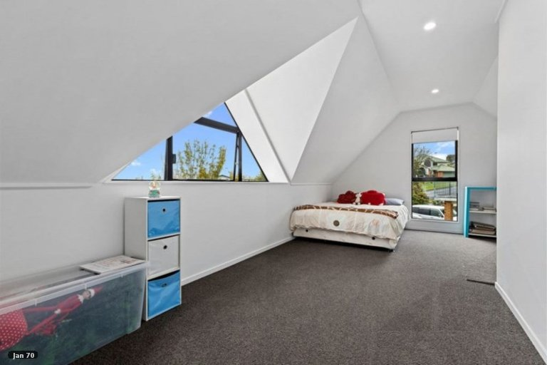 Property photo for 37 Western Heights Drive, Western Heights, Hamilton, 3200