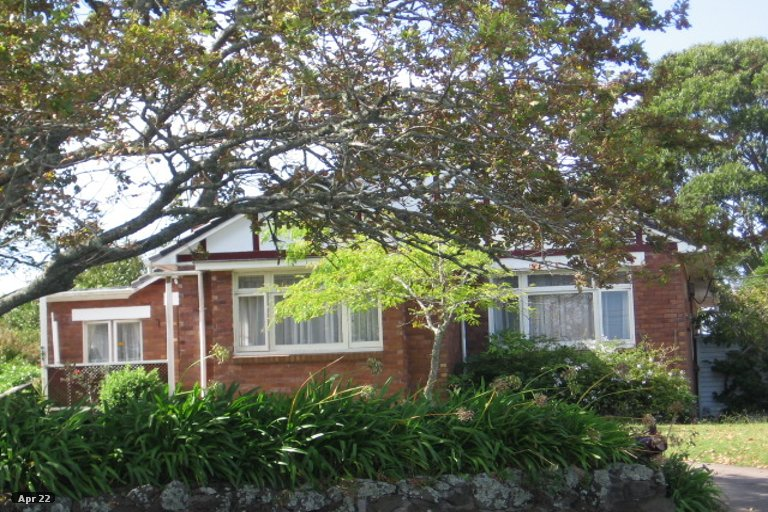 Property photo for 25 Norcross Avenue, Henderson, Auckland, 0612