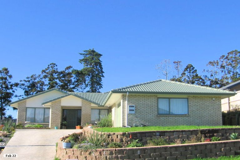 Property photo for 11 Chelmsley Avenue, Henderson, Auckland, 0612