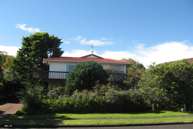 Property photo for 13 Lewisham Street, Highland Park, Auckland, 2010