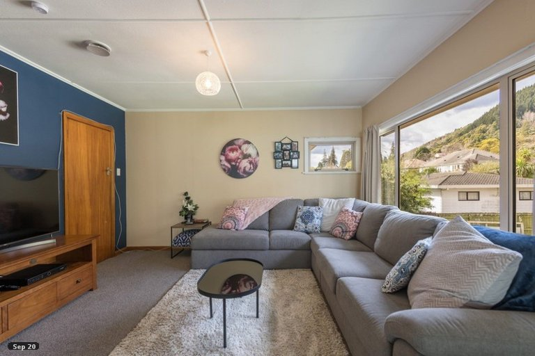 Photo of property in 121 Waimea Road, Nelson South, Nelson, 7010