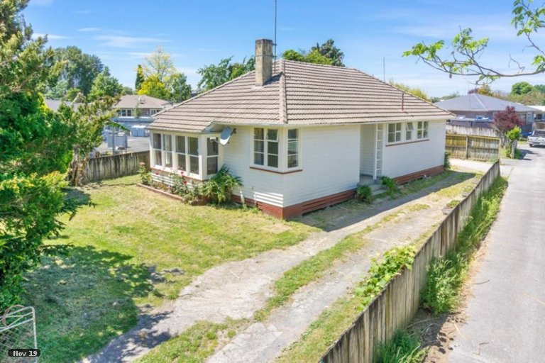 Property photo for 102 Holland Road, Fairfield, Hamilton, 3214