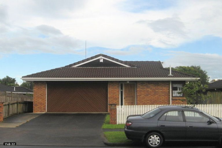 Property photo for 2/61 Aviemore Drive, Highland Park, Auckland, 2010