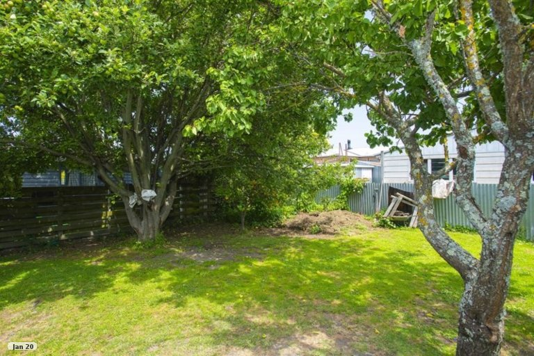 Photo of property in 4/23 Craig Road, Outer Kaiti, Gisborne, 4010