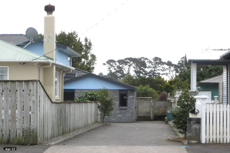 Photo of property in 262A Coronation Avenue, Welbourn, New Plymouth, 4310