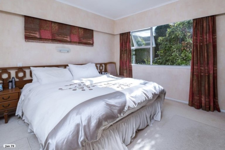 Property photo for 17 Tanglewood Place, Cockle Bay, Auckland, 2014
