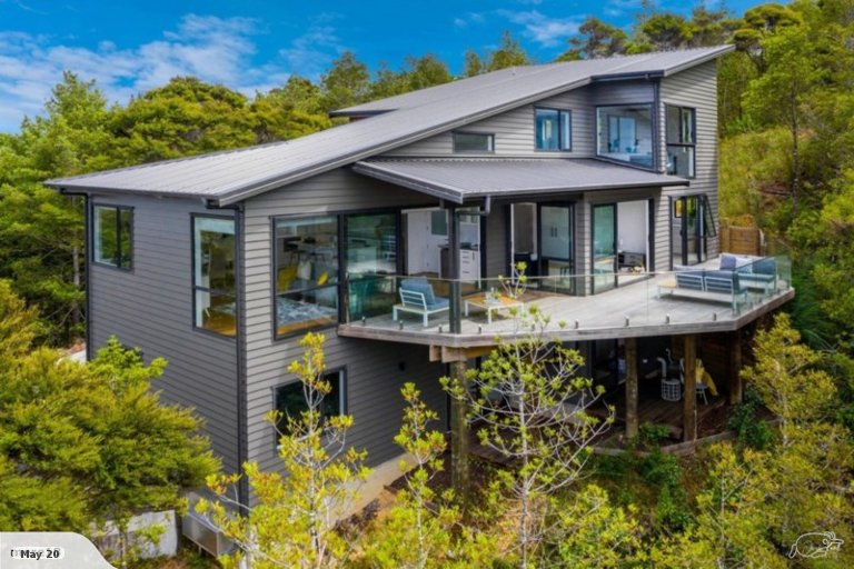 Property photo for 339 Ridge Road, Paremoremo, Auckland, 0793