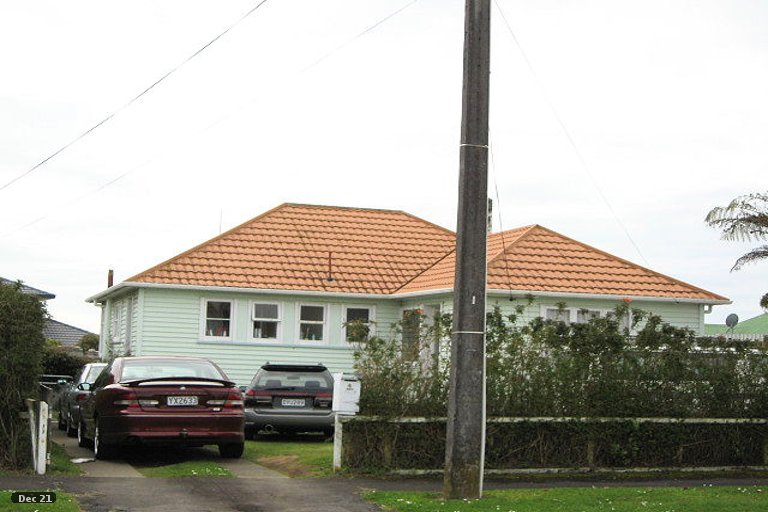 Photo of property in 4 Maranui Street, Welbourn, New Plymouth, 4310