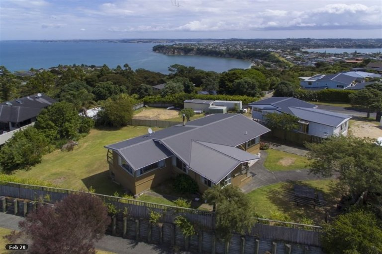 Property photo for 113 Roberts Road, Matakatia, Whangaparaoa, 0930
