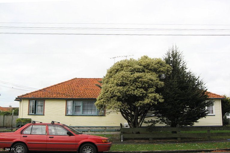 Photo of property in 5 List Street, Welbourn, New Plymouth, 4310