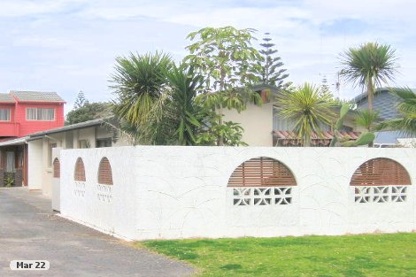Photo of property in 1/4 Aberdeen Street Mount Maunganui Tauranga City