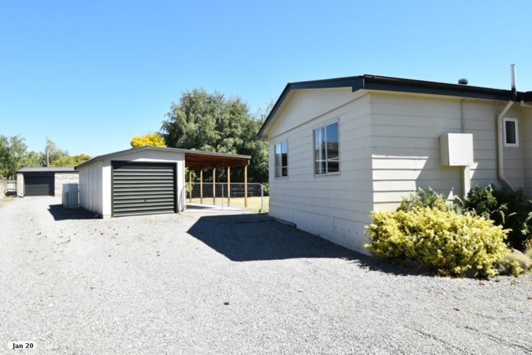Photo of property in 36 Maryburn Road, Twizel, 7901