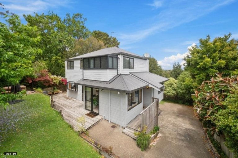 Property photo for 1/61 Pupuke Road, Birkenhead, Auckland, 0627