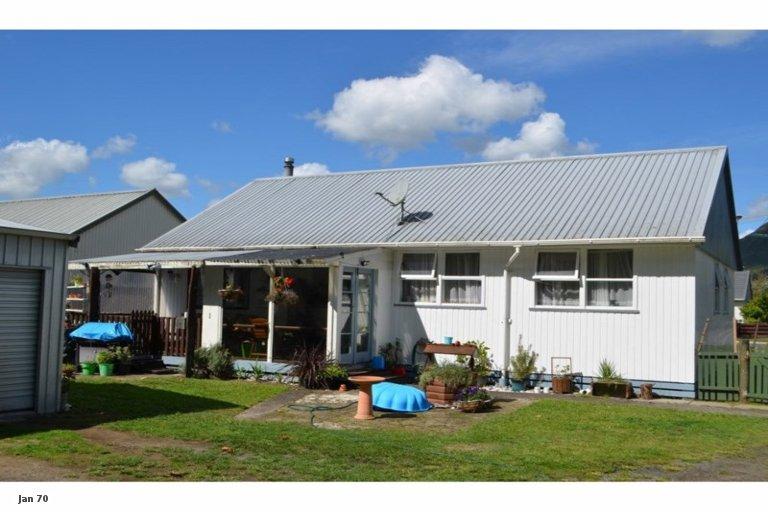 Photo of property in 24 Domett Street, Kawerau, 3127