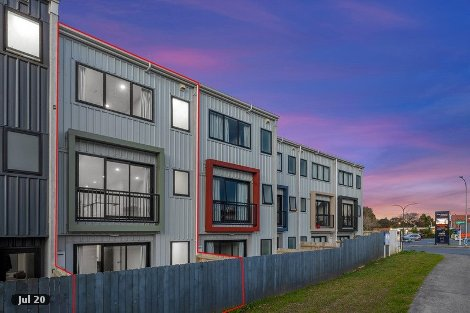 Photo of property in 9/5 Perekia Street Albany Auckland - North Shore