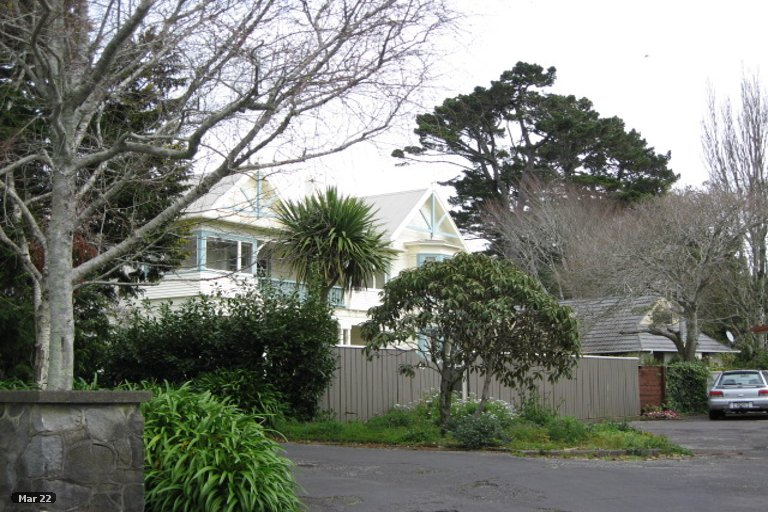 Photo of property in 25A Maranui Street, Welbourn, New Plymouth, 4310