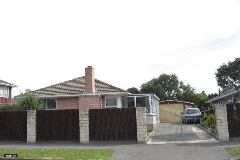 Property photo for 35 Frensham Crescent, Woolston, Christchurch, 8062