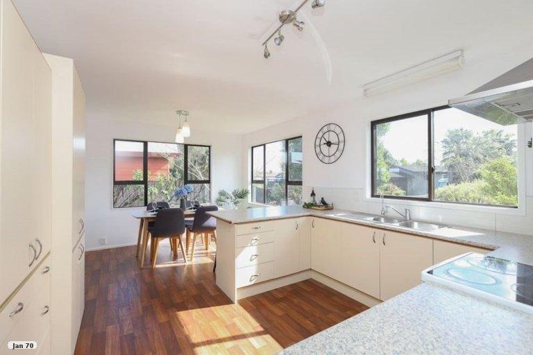 Property photo for 15 Balmerino Crescent, Pukete, Hamilton, 3200