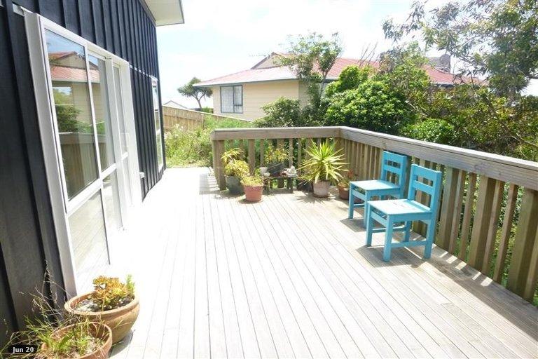 Photo of property in 4 Doncaster Terrace, Ascot Park, Porirua, 5024