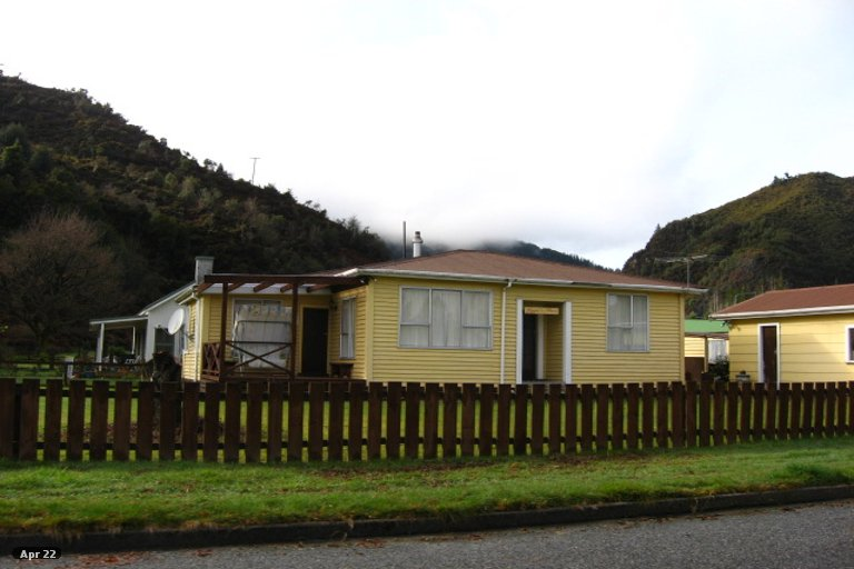 Property photo for 1 Ross Street, Reefton, 7830