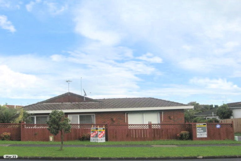 Property photo for 2/99 Aviemore Drive, Highland Park, Auckland, 2010