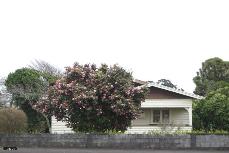 Photo of property in 216 Coronation Avenue, Welbourn, New Plymouth, 4310