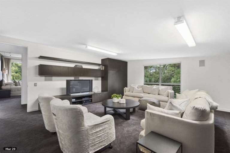 Property photo for 34 Kingfisher Grove, Greenhithe, Auckland, 0632