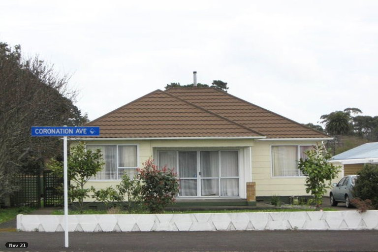 Photo of property in 208 Coronation Avenue, Welbourn, New Plymouth, 4310