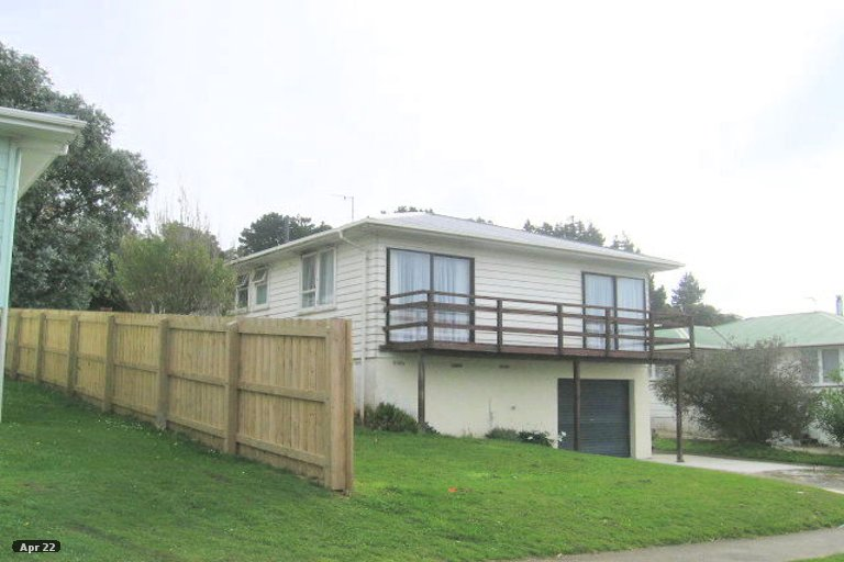 Photo of property in 27 Desert Gold Street, Ascot Park, Porirua, 5024