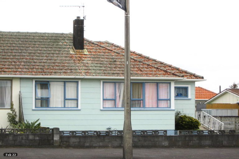 Photo of property in 204 Coronation Avenue, Welbourn, New Plymouth, 4310