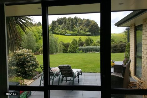 Photo of property in 139 Dunn Road Ararimu Auckland - Franklin