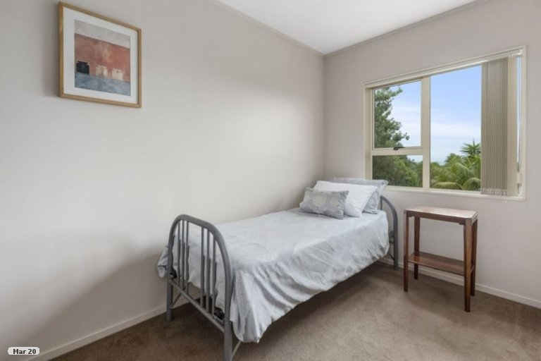 Property photo for 1/76 Hebron Road, Waiake, Auckland, 0630