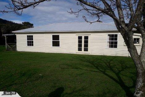 Photo of property in 5633 Kenepuru Road Waitaria Bay Marlborough District
