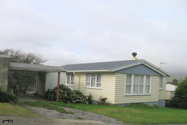 Photo of property in 8 Excellency Terrace, Ascot Park, Porirua, 5024