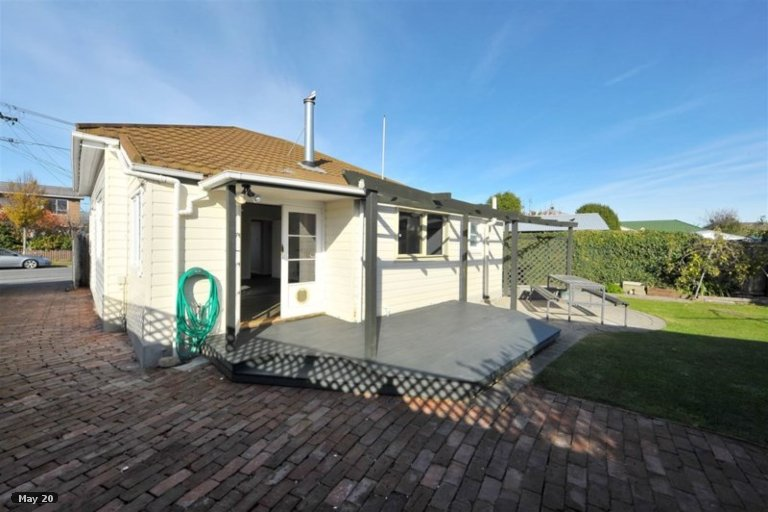 Property photo for 12 Manning Place, Woolston, Christchurch, 8023