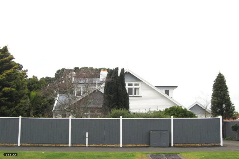 Photo of property in 131A Coronation Avenue, Welbourn, New Plymouth, 4310