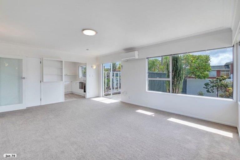 Property photo for 1/19 Jenelin Road, Glendene, Auckland, 0602