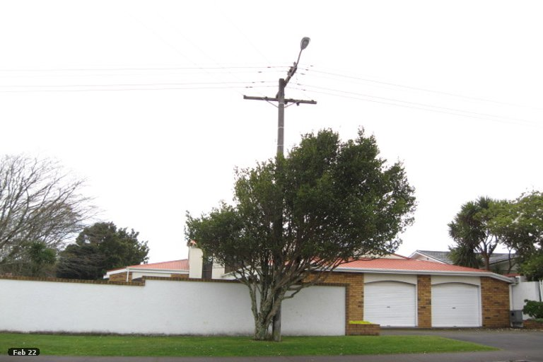 Photo of property in 9 Bell Street, Welbourn, New Plymouth, 4310