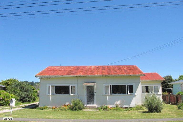 Photo of property in 17 Kara Street, Outer Kaiti, Gisborne, 4010